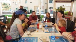 family-lunch-in-leos-tenerife