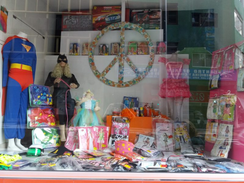 Toy store display for Las Palmas Carnival 2017